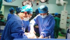 """我院成功开展贵州首例""""废弃肝移植""""和腹腔镜取肝手术"""