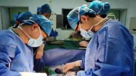 今天贵医附院完成省内首例跨血型肝脏移植手术
