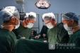 """""""移形换影""""将肾换个位置 贵州首例自体肾移植手术成功完成"""